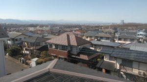 屋根の上からの風景